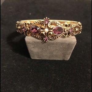 Women's Vtg Avon Cuff Bracelet w Purple Stones